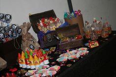mesa de dulces de piratas