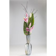 Pairing funky ribbed style with vibrant glass hues, this gorgeous vase makes for an ideal eye-catching centrepiece.Changing hue for contrasting colour dispersion. Decorative Accessories, Hue, Glass Vase, Centerpieces, Vibrant, How To Make, Handmade, Color, Home Decor