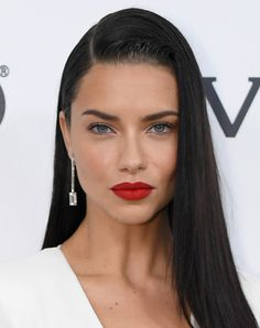 Adriana Lima Red Lipstick - Adriana Lima swiped on some red lipstick for a sexy pout at the Elton John AIDS Foundation Oscar-viewing party. Beauty Makeup, Hair Makeup, Hair Beauty, Fox Makeup, Alien Makeup, Witch Makeup, Makeup Eyes, Halloween Makeup, Halloween Face