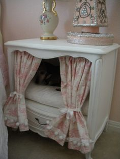 version of dresser doghouse from HGTV's Decorating Cents idea http://www.hgtv.com/decorating/trash-to-treasure--home-accessories-for-dogs/pictures/index.html