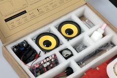 There are many different electronic gadgets out there on the market. If you are looking for electronic gadgets for a present then there is certainly no shortage of them. Diy Bluetooth Speaker, Bluetooth Gadgets, Speaker Kits, Sound Speaker, Diy Speakers, Homemade Speakers, Electronics Gadgets, Tech Gadgets, Radios