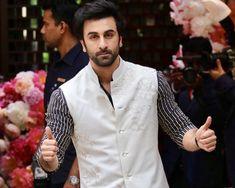 Rishi Kapoor, Wedding Sherwani, Indian Men Fashion, Indian Man, Cute Actors, Real Hero, Indian Bollywood, Jena, Ranbir Kapoor
