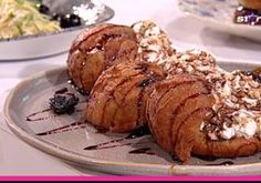 PRAJITURA CU MERE - de post - Rețete Fel de Fel Nutella, Baby Food Recipes, Baked Potato, Potatoes, Chicken, Meat, Baking, Muffins, Ethnic Recipes