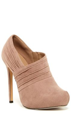 Blush Ruched Booties ♡