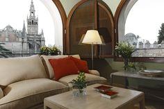 Suite Alcazar, frente a la Giralda y junto a los Alcázares Reales en #Sevilla #Seville #visitspain #hotels