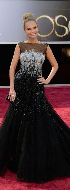 KRISTIN CHENOWETH at the 2013 Academy Awards - Tony Ward Couture | The House of Beccaria