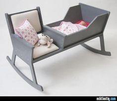 Babywiege mit integriertem Schaukelstuhl