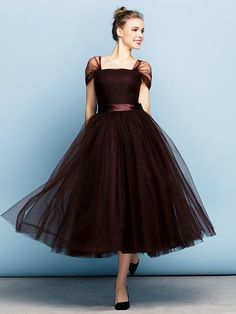 Formal Evening Dress - Chocolate Plus Sizes / Petite Ball Gown Square Tea-length Tulle - USD $ 149.99