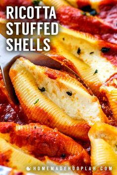 These easy and simple ricotta stuffed shells are filled with savory ricotta and mozzarella then baked on a bed of flavorful marinara (storebought or homemade! Easy Stuffed Shells, Chicken Stuffed Shells, Cheese Stuffed Shells, Stuffed Shells Recipe, Best Pasta Recipes, Easy Dinner Recipes, Beef Recipes, Easy Meals, Cooking Recipes