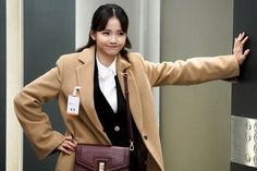 """Ha Yeon Soo Is An Optimistic Interviewee For """"Rich Man, Poor Woman"""" Korean Actresses, Actors & Actresses, Watch Drama, Young Professional, Rich Man, Korean Dramas, Series Movies, Losing Her, Purple Hair"""