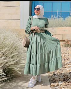 Hijab Fashion Summer, Modest Fashion Hijab, Modern Hijab Fashion, Street Hijab Fashion, Modesty Fashion, Hijab Fashion Inspiration, Muslim Fashion, Fashion Outfits, Modest Long Dresses