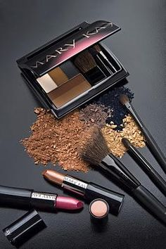 Mary Kay make up Mary Kay Party, Mary Kay Cosmetics, Spa Facial, Maquillage Mary Kay, Maybelline, Imagenes Mary Kay, Mary Kay Brasil, Selling Mary Kay, Mary Kay Ash