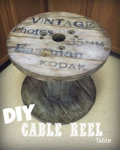 Cable reel / spool table for outside Cable Reel Table, Wooden Cable Reel, Wooden Cable Spools, Wooden Spool Tables, Cable Spool Tables, Wood Spool, Bakery Shop Interior, Old Wood, Diy Table