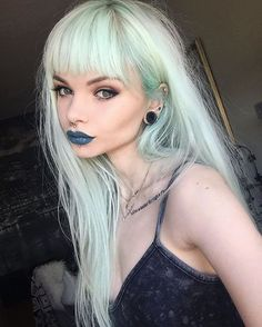 WEBSTA @ annieolivia_ - Wore liquid lipstick in vindictive all day cause this is probably the best shade I've ever put on 😭💕 Hair Inspo, Hair Inspiration, Chica Cool, Coloured Hair, Punk, Pastel Hair, Crazy Hair, Blonde Highlights, Green Hair