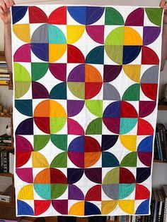 Marrakesh quilt pattern with Drunkards path Circle Quilt Patterns, Circle Quilts, Small Quilts, Mini Quilts, Quilting Projects, Quilting Designs, Drunkards Path Quilt, Contemporary Quilts, Quilting For Beginners