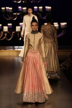 Manish Malhotra   India Couture Week 2014