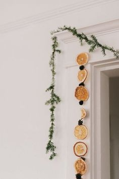 Buy Amazon: amzn.to/31FY04s Christmas Garland #Christmas #Christmastree #christmasdecorationideas #christmasdecor #christmasdecorations