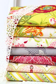 LillyBelle.by.BariJ.for.Art.Gallery.Fabrics    http://www.fatquartershop.com/Lilly-Belle-Bari-J-Art-Gallery-Fabrics.asp