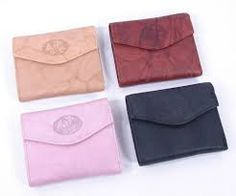 Ladies leather #wallets and #handbags have been the mainstay in women's collection. Latest fashion style and trends of #wallets for women on @shriexports.net.