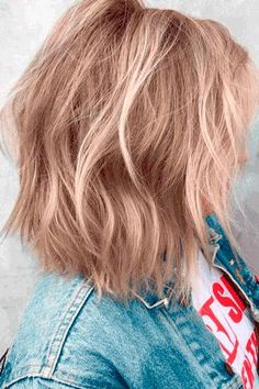 Medium Length Layered Hair And#8211; Best Ideas for Stunning Look ★ See more: http://lovehairstyles.com/medium-length-layered-hair/