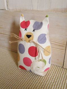 Kitty Pussy Cat Fabric Door Stop / Book End. Spot/Dot Multi-Colour Retro-Kitsch