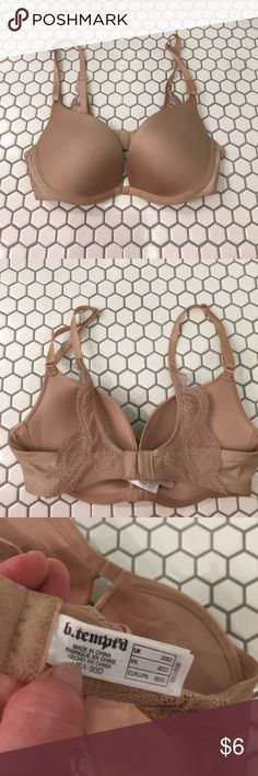 32C/30D Push Up Bra b. tempt'd push up bra.  Push UP! Effect!!!!  Straps are adjustable.  This is sized 30D and fits me as does 32C in other brands like Victoria Secret b. tempt'd Intimates & Sleepwear Bras