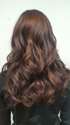 warm brown, long hair lenght and waves jade @coiffure La Nuque - Laval Qc