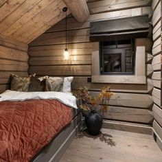 Modern Cabin Interior, Modern Rustic Homes, Cabana, Log Bed, Home Technology, Cabin Interiors, Cabin Design, Indoor Outdoor Living, Wooden House