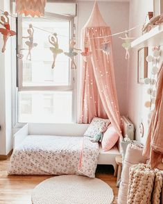 Photo by inSpire Wardrobe in Downtown St Petersburg, FL. L'immagine può contenere: spazio al chiuso via Nordic Home, Kids Decor, Home Decor, Hanging Chair, Girls Bedroom, Room Inspiration, Toddler Bed, Kids Room, Interior Decorating