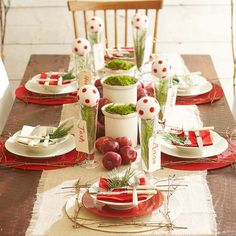 If you prefer a more traditional approach to holiday decorating, try a red-and-white color scheme with added pops of green! http://www.bhg.com/christmas/indoor-decorating/christmas-color-schemes/?socsrc=bhgpin122214redwhitegreencolorscheme&page=14