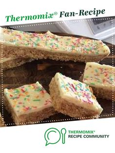 Recipe Weetbix Slice by Greenlaw, learn to make this recipe easily in your kitchen machine and discover other Thermomix recipes in Baking - sweet. Like Chocolate, Melting Chocolate, Weetbix Slice, Buttercream Icing, Recipe Community, Food N, Healthy Snacks For Kids, Vanilla Cake, Kids Meals