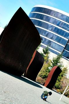 Olympic Sculpture Park SeaRain or shine, Seattle is a great place to bring the family for a day trip or weekend adventure. Here's some of the top things to do in Seattle with kids.
