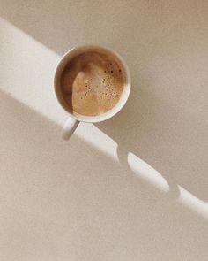 Pin on aesthetic Cream Aesthetic, Aesthetic Coffee, Brown Aesthetic, Aesthetic Photo, Aesthetic Pictures, Summer Aesthetic, Coffee Love, Coffee Break, Coffee Art