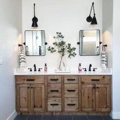 Beautiful master bathroom decor tips. Modern Farmhouse, Rustic Modern, Classic, light and airy master bathroom design tips. Bathroom makeover suggestions and bathroom renovation suggestions. Bathroom Renos, Bathroom Shelves, Bathroom Organization, Bathroom Storage, Bathroom Ideas, Remodel Bathroom, Bathroom Renovations, Bath Ideas, Bathroom Cleaning