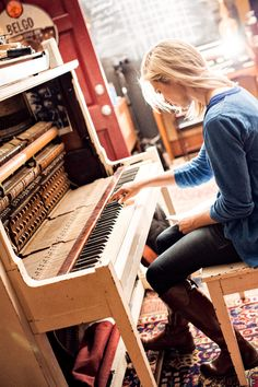 5 Steps to Writing a Great Song - Mindy Gledhill #songwriting #musicbiz www.OneMorePress.com