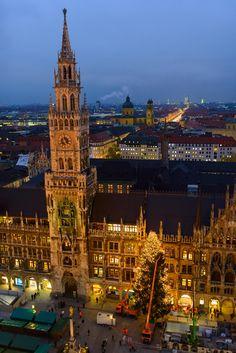 Munich, City Hall, Marienplatz. by German Zoeschinger on 500px