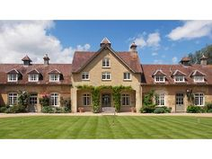 Stately home, idyllic villages and amazing grub - a five-star welcome awaits in Cotswolds cottages Wendy House, English Country Cottages, Indoor Swimming Pools, House Windows, Country Style Homes, Luxury Holidays, Staycation, Backyard, Mansions