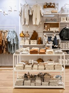 Kids Store, Baby Store, Clothing Store Design, Aalborg, Boutique Interior, Store Interiors, Store Windows, Retail Design, Pet Shop
