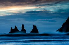 Stormy winter weather at the black beach of Vík, Iceland