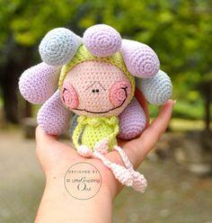 Patrón de muñeca patrón de ganchillo inspirando por lescreasdeclo