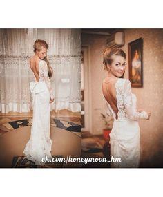 Хит сезона! Это платье сочетает в себе все модные тенденции свадебного платья - красивое дорогое кружево, закрытый верх, длинный рукав , что делают образ скромным и сдержанным, и в то же время открытая спина, которая добавляет в образ интригу !