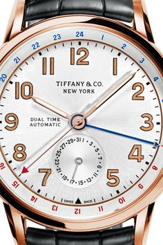 There's no present like the time. Tiffany CT60® Annual Calendar 40 mm watch in 18k rose gold.