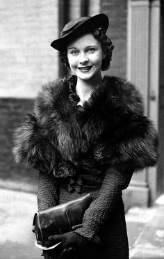 ~Vivien Leigh in 1935 outside her house in England the morning after her debut in The Mask of Virtue~