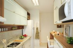 Cozinha bonita! Cozinha americana de madeira, bem bonita!!