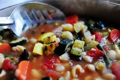 The Pioneer Woman's roasted vegetable minestrone is loaded with cancer-fighting vegetables. Try adding spinach and kale for an extra boost of cancer-fighting antioxidants | the pioneer woman