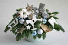 Flowers of Soul: Decorațiuni handmade pentru Crăciun Christmas Decorations, Christmas Ornaments, Holiday Decor, Hanukkah, Wreaths, Home Decor, Corona, Decoration Home, Door Wreaths