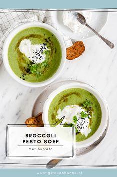 Soep kan altijd! En deze gemakkelijke broccoli soep met pesto en burrata al helemaal! Hiermee krijg je lekker snel een flinke portie groente binnen. Portie, Pesto