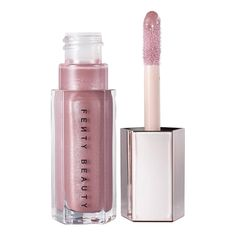 Sephora, where beauty beats. Discover the best in makeup, skincare, hair care and more from a wide selection of international cult beauty brands. Lip Gloss Colors, Lip Colors, Luminizer, Cake Band, Lip Sence, Gloss Labial, Lipgloss, Lipsticks, Kissable Lips