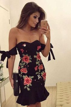 Off Shoulder Straps Lace Up Embroidery Flower Ruffles Short Dress