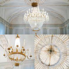This is Milan by @c__l__i__c__k Cortili aperti a Milano  Palazzo Durini di Monza  #milano #truebeauty #Milanoaplacetobe #igersmilano #traveladventures  #mastinlabs #milanodavedere #vivimilano #italy  #instagood  #travelling #iseebeauty #luxury #igers #igersitalia #chandelierlove #chandelier #gold #historicalplace #fuji400h #filmsnotdead by c__l__i__c__k
